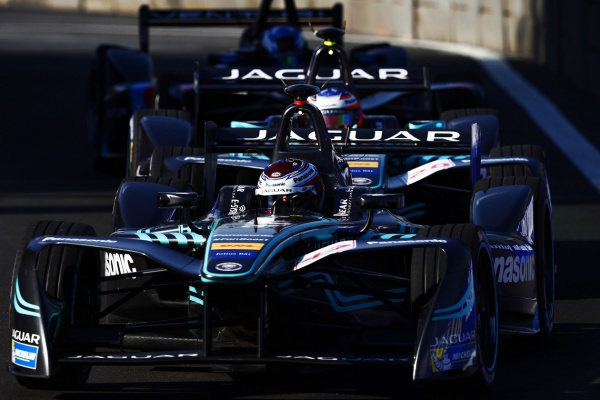 Команда Panasonic Jaguar Racing на этапе Формулы Е в Мехико